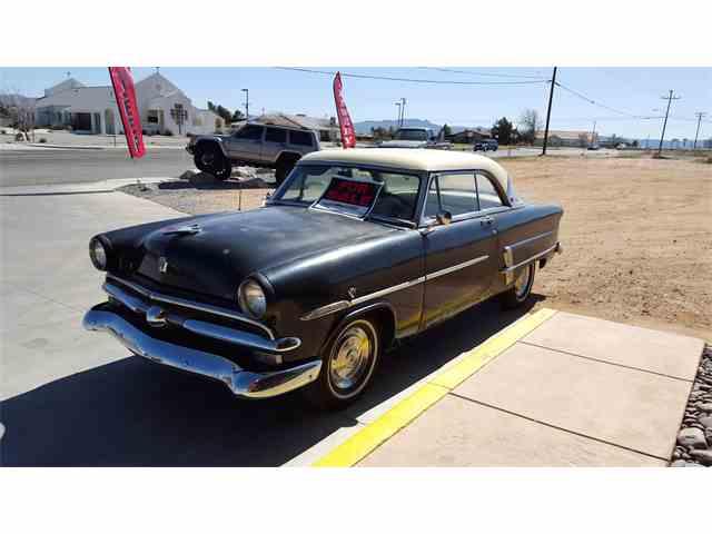 1953 Ford Crestline Victoria | 776743