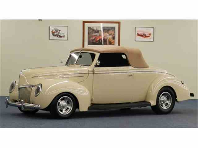 1939 Ford Cabriolet | 777028