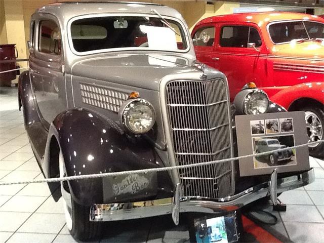 1935 Ford Tudor | 770816