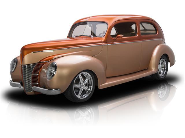 1940 Ford Sedan | 779388