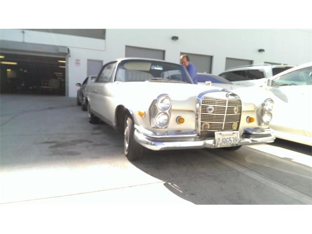 1968 Mercedes-Benz 250SE | 770963