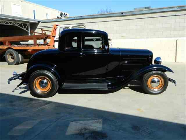 1932 Ford 5-Window Coupe | 779791