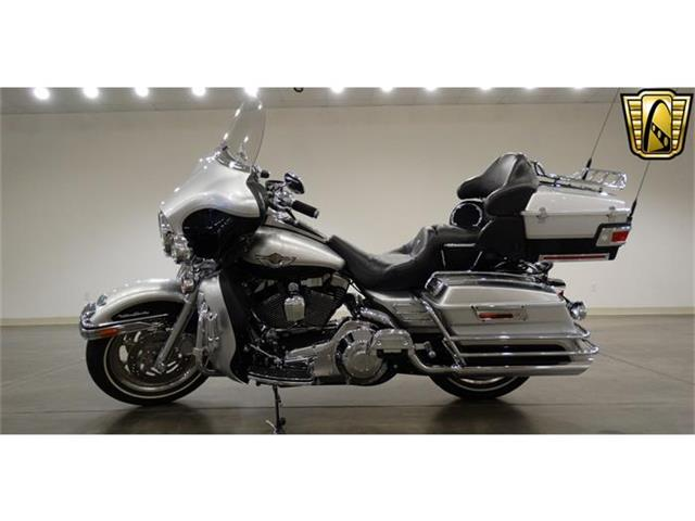 2003 Harley-Davidson FLHTCU | 780107