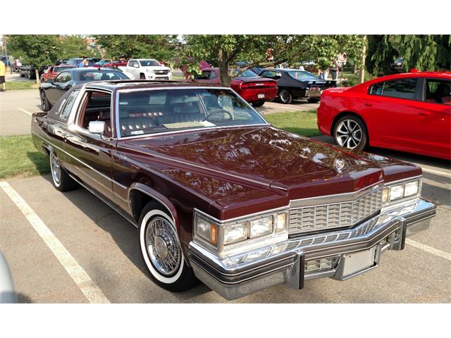 1977 Cadillac Coupe DeVille   782132