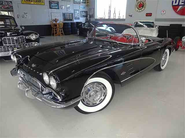 1961 Chevrolet Corvette | 780044
