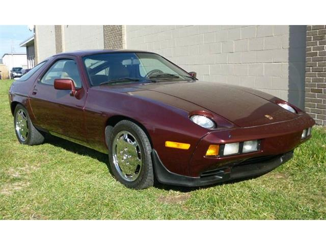 1984 Porsche 928 | 785817