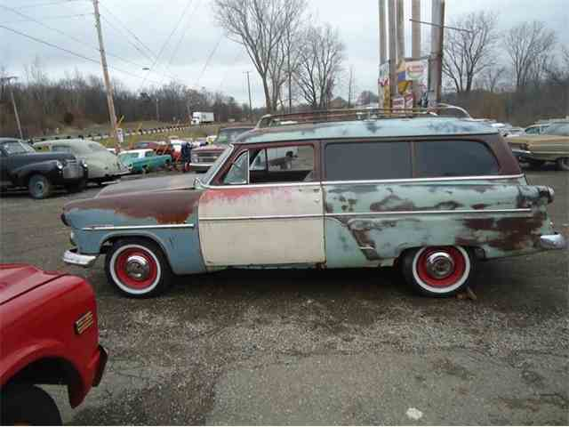 1954 Ford Ranch Wagon | 785912