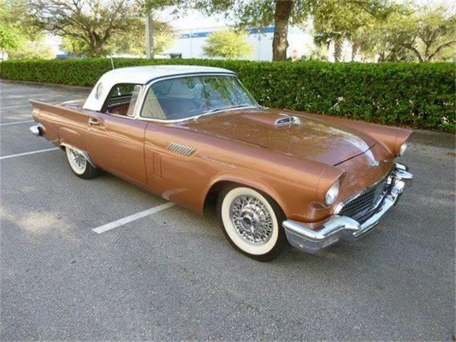 1957 Ford Thunderbird | 785917