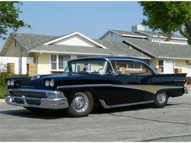 1958 Ford Fairlane 500 | 794448