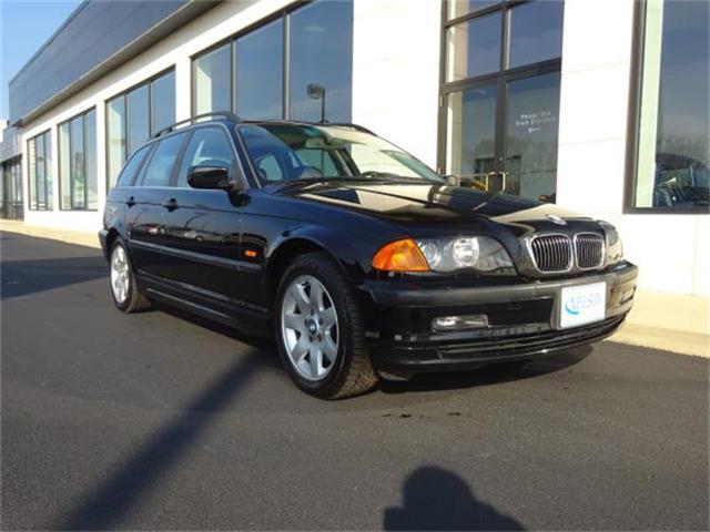 2001 BMW 325i | 795248