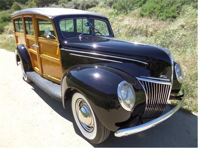 1939 Ford Deluxe Woody Station Wago | 799542