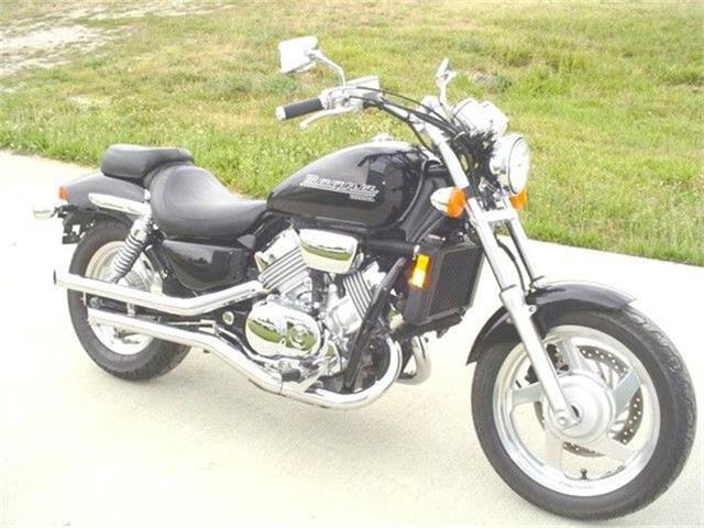 2001 Honda Motorcycle | 83703