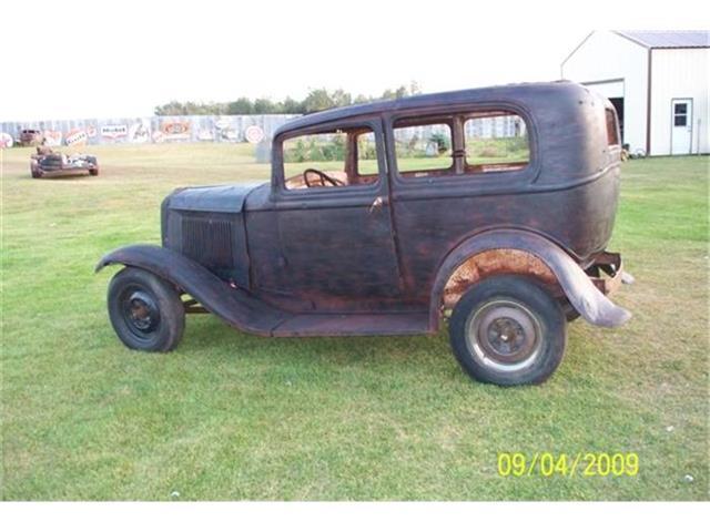 1932 Ford 2-Dr Sedan | 80557