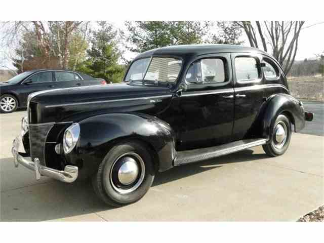 1940 Ford Deluxe | 801411