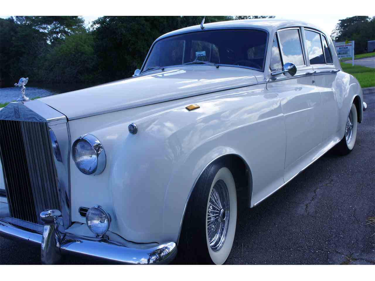 Large Picture of Classic 1961 Rolls Royce Silver Cloud II - $39,995.00 Offered by a Private Seller - H723