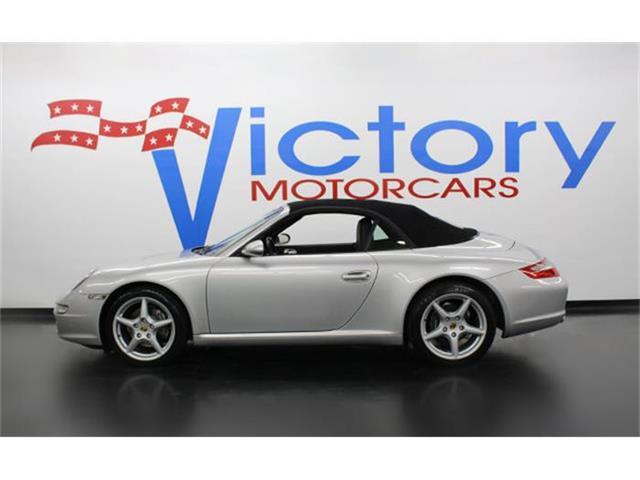 2005 Porsche 911   802388