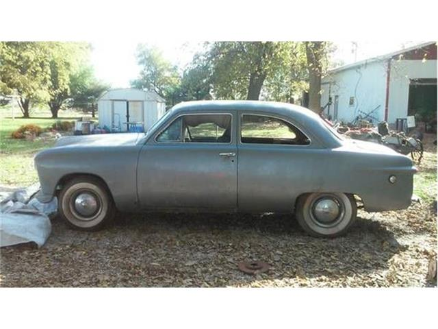 1949 Ford Coupe | 804006
