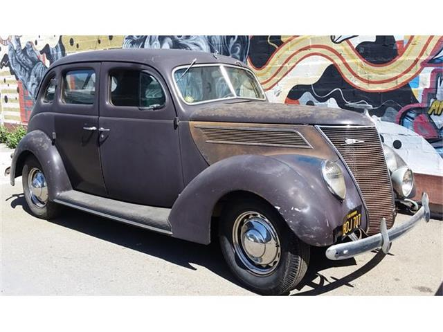 1937 Ford 81A | 804885