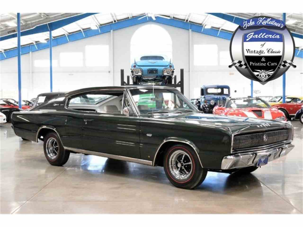 Large Picture of '67 Charger 426 HEMI - H9U3
