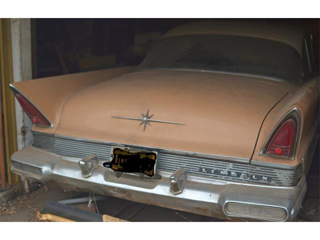 1957 Lincoln Capri | 800060