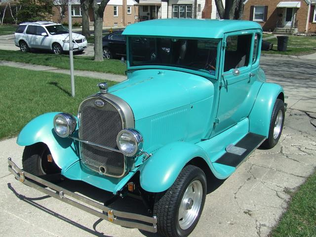 1928 Ford 5-Window Coupe | 806649