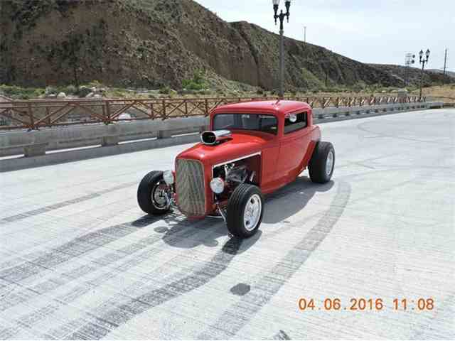 1932 Ford 3 Window | 806659