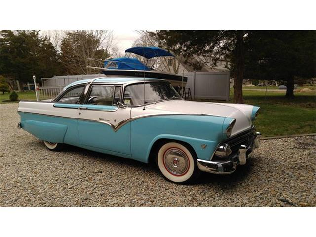 1955 Ford Crown Victoria | 800067