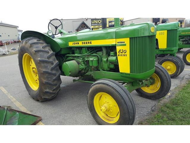 1958 John Deere 820 | 807934