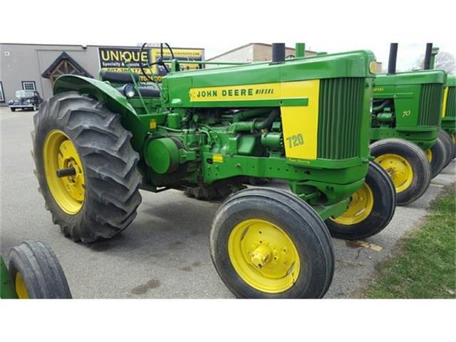1957 John Deere Tractor | 807940