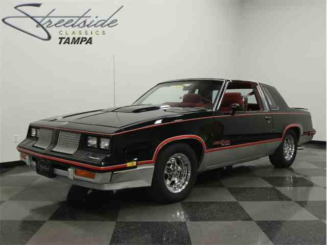 1983 Oldsmobile Cutlass Hurst 15th Anniversary | 808020