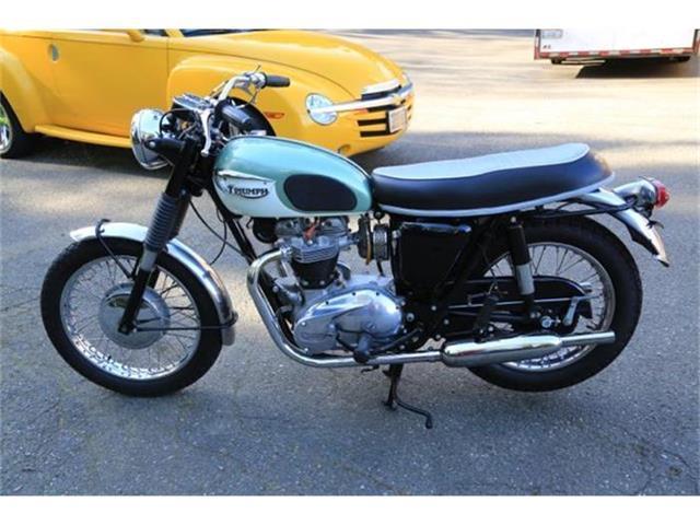 1967 Triumph TR6 | 808593