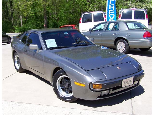 1985 Porsche 944 Premium Coupe | 809304