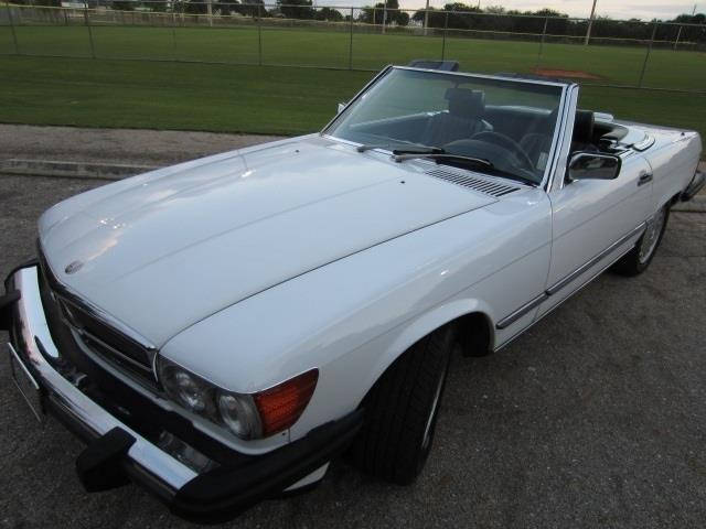 1988 Mercedes-Benz 560SL | 809829