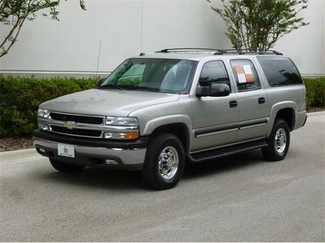 2004 Chevrolet Suburban | 811210