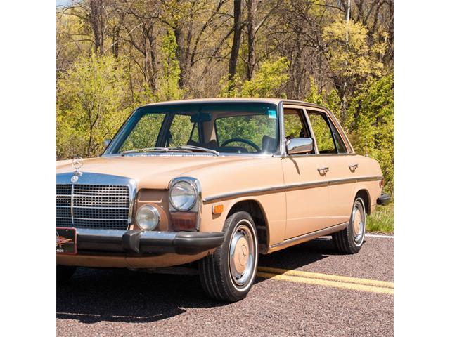1975 Mercedes-Benz 300D | 812787