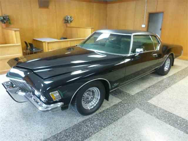 1972 Buick Riviera | 812825