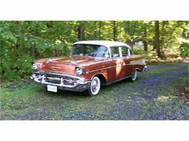1957 Chevrolet Bel Air | 813388