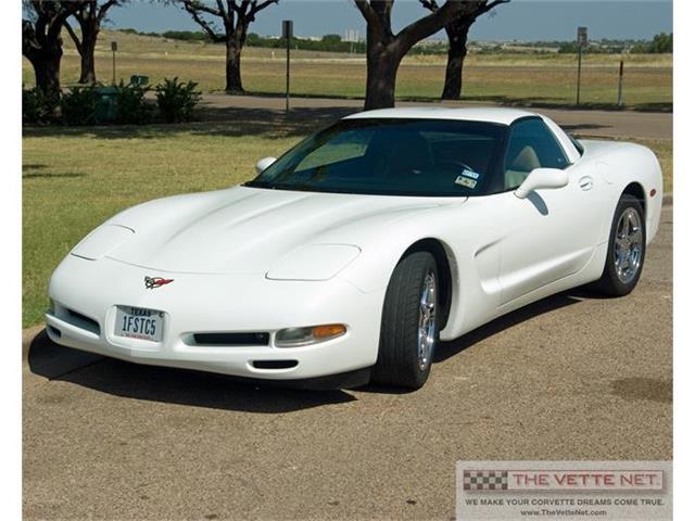 1999 Chevrolet Corvette | 813418