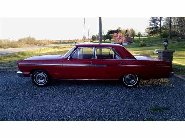1965 Ford Fairlane 500 | 813652