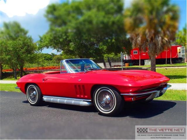 1965 Chevrolet Corvette | 814598