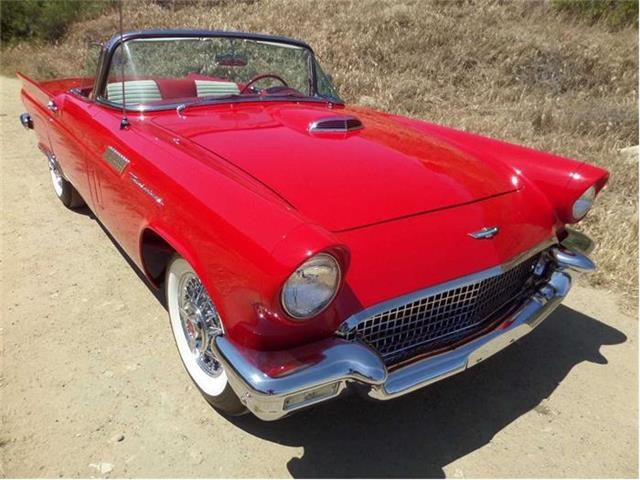 1957 Ford Thunderbird | 815902