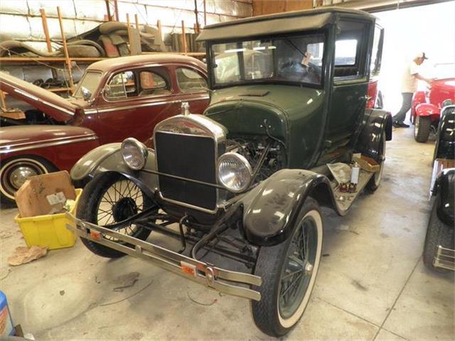 1926 Ford 2-Dr Sedan   816021