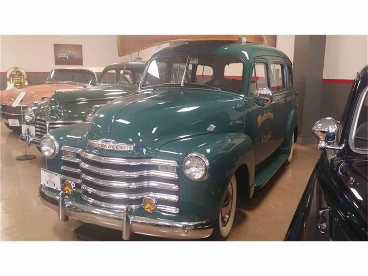 Large Picture of '52 Suburban - HI5O