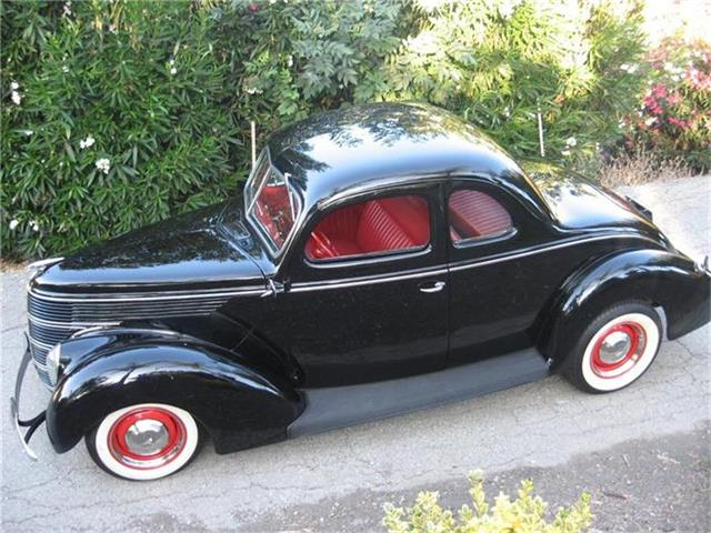 1938 Ford 2-Dr Coupe | 816697