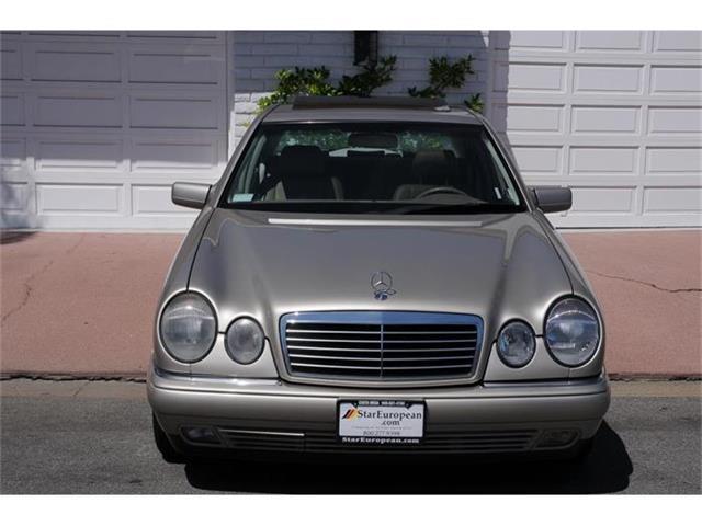 1999 Mercedes-Benz E300 | 816708