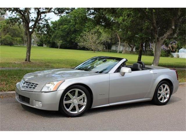 2004 Cadillac XLR   816744