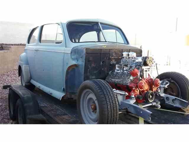 1941 Ford Sedan   817160