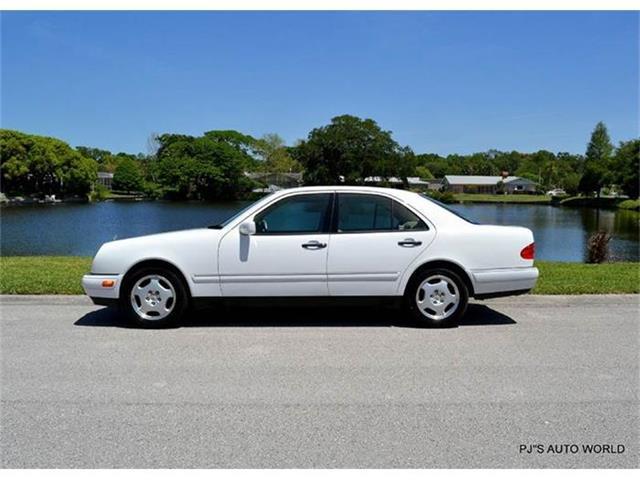 1999 Mercedes-Benz E-Class | 817279