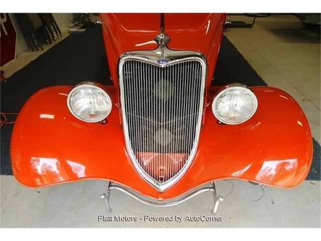 1934 Ford 2-Dr Sedan | 818574