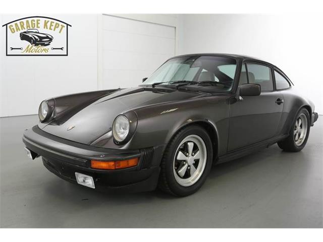 1982 Porsche 911   818687